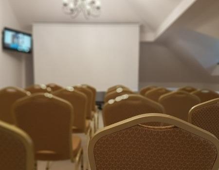 szkolenia-i-konferencje